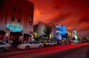 Miami_Beach_night