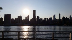 Vistas del Skyline de Manhattan desde nuestro barrio, Long Island City